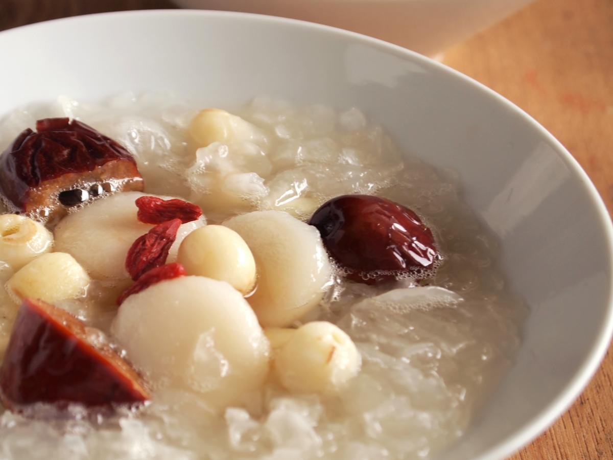 白きくらげの甘いスープ